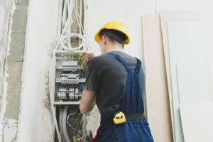 Comment procéder à la certification des installations électriques ?